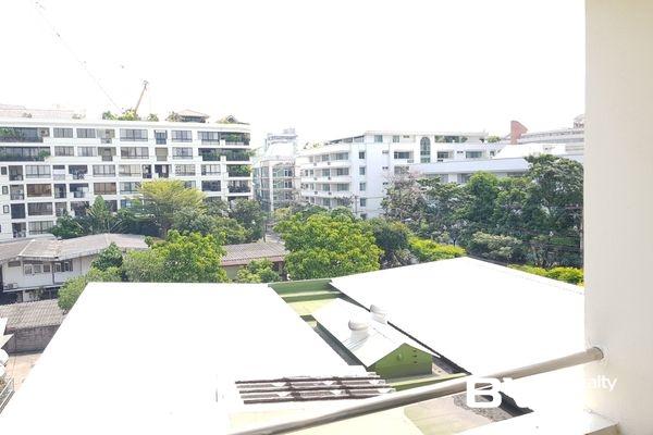 condo for sale Bangkok Watthana 39 Suites