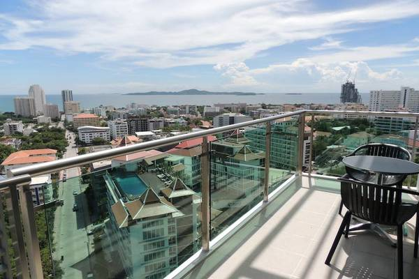 condo for rent Pattaya Pratumnak Axis