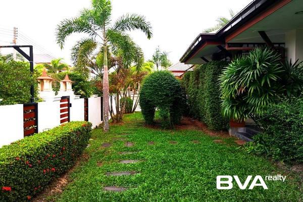 house for sale Pattaya Na Jomtien Baan Dusit