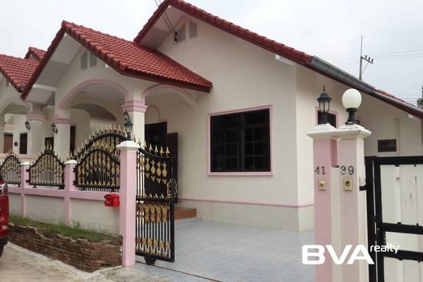 Pattaya real estate property condo Baansuay Mai-Ngam