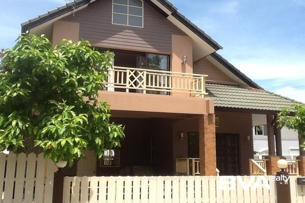 Central Park Pattaya House For Sale East Pattaya