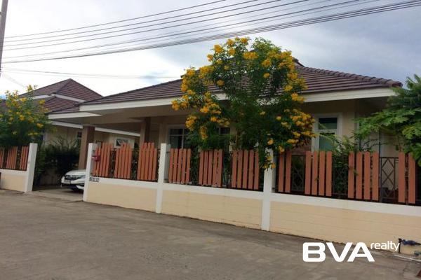 Chokchai Village 10 Pattaya House For Rent East Pattaya