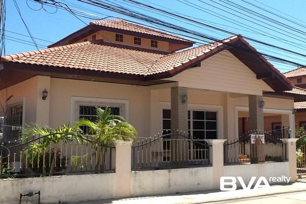 Pattaya House For Rent Classic Village East Pattaya