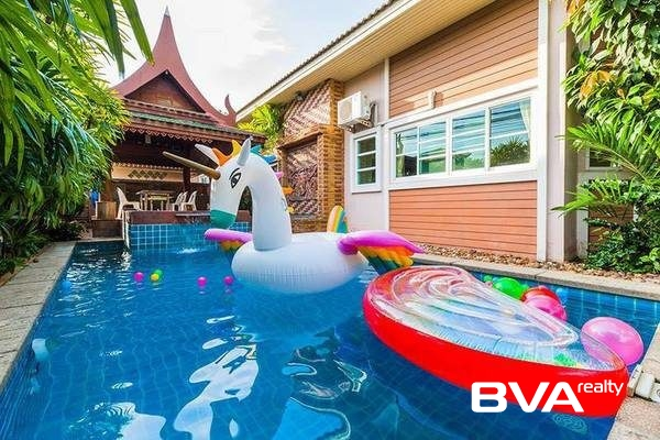 Pattaya real estate property condo Classic Village