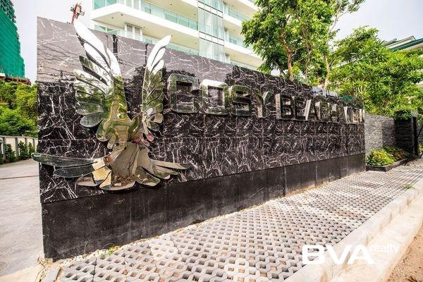 Cosy Beach View Pattaya Condo For Sale Pratumnak