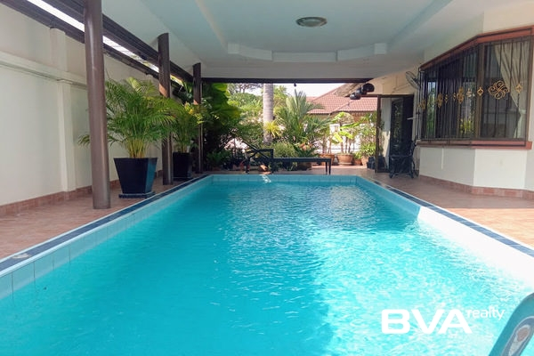 Pattaya real estate property condo Hillside Village