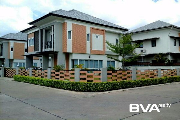 Patta Village Pattaya House For Sale East Pattaya