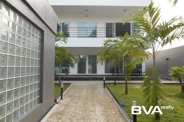 Pratumnak:  Pattaya condo for sale in Nova Ocean View