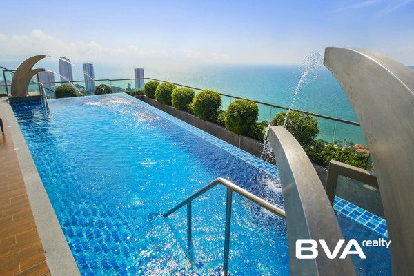 The Peak Towers Pattaya Condo For Sale Pratumnak