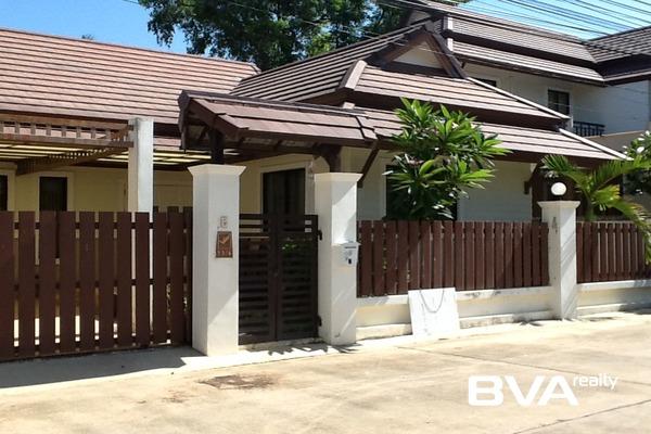 Pattaya House For Sale Tropical Village East Pattaya